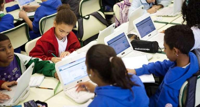 Photo d'enfants sur la Khan Academy