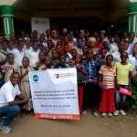 Photo des enfants et du personnel du Centre MEO Lino Lava au Burundi