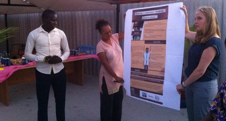 Photo d'un Jeune Leader senegalais presentant son projet