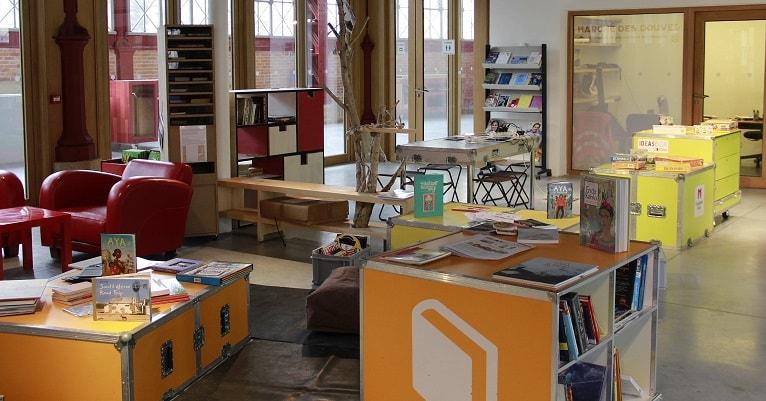 Photo de l'Ideas Box à Bordeaux pour l'appel à projets d'associations