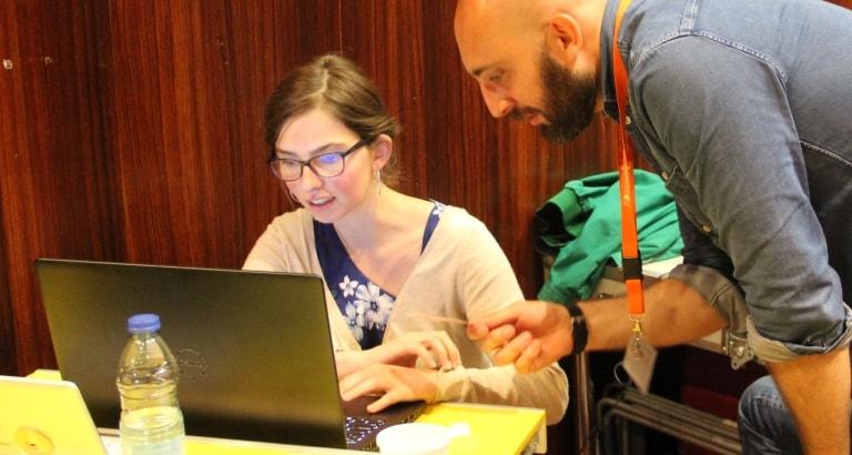 Photo d'un atelier voyageurs du code lors de la deuxième journée d'étude Ideas Box France à la BNF