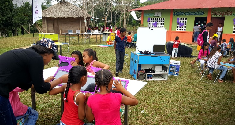 Photo d'un déploiement Ideas Box en Colombie